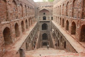 agrasen-ki-baoli-the-700-hundred-year-old-stepwell-has-104-steps-spread-over-three-levels-lower-res